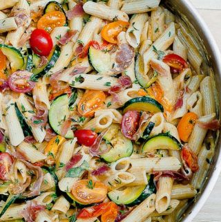 Creamy Prosciutto Pasta with Zucchini