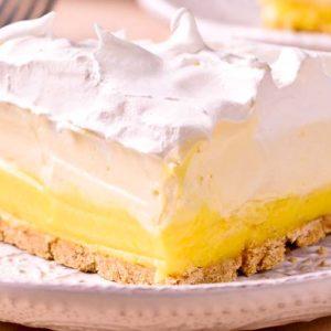 No Bake Lemon Pudding Cream Pie