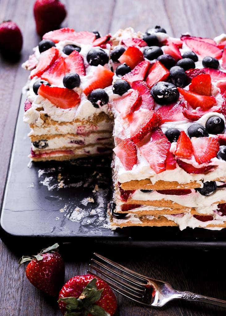 No Bake Strawberry Cream Icebox Cake with Graham Crackers