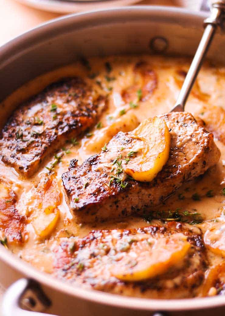 Pork Chops with Cider and Apples